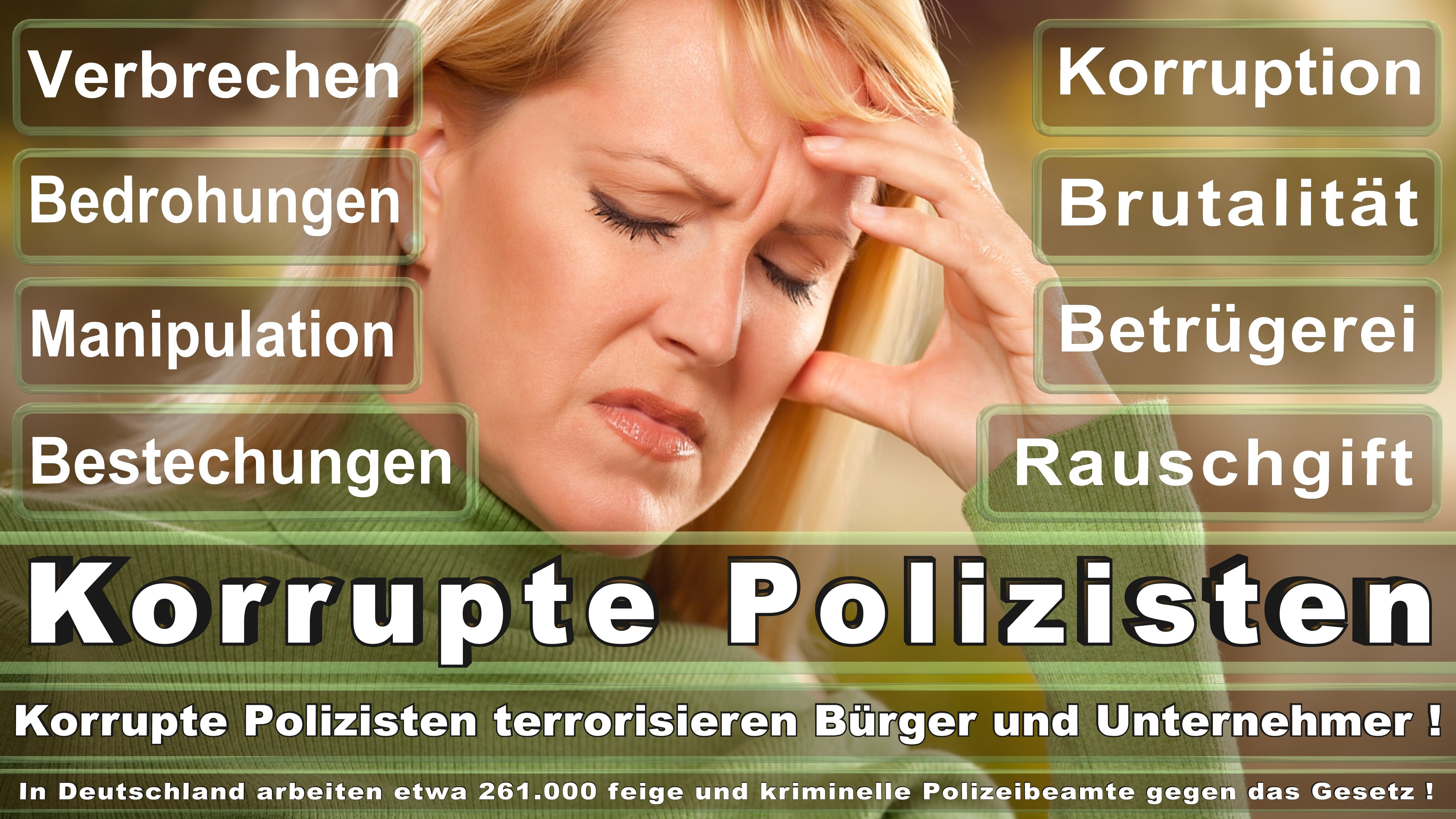 Polizei-Bielefeld (157) (Bezirks-Oberwachtmeister) Zugwachtmeister, Hauptwachtmeister Oberjunker, Meister, Leutnant Revier- (Bezirks-) Leutnant,